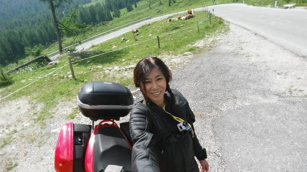 アルプスの少女michiko 海外ツーリング ソロ