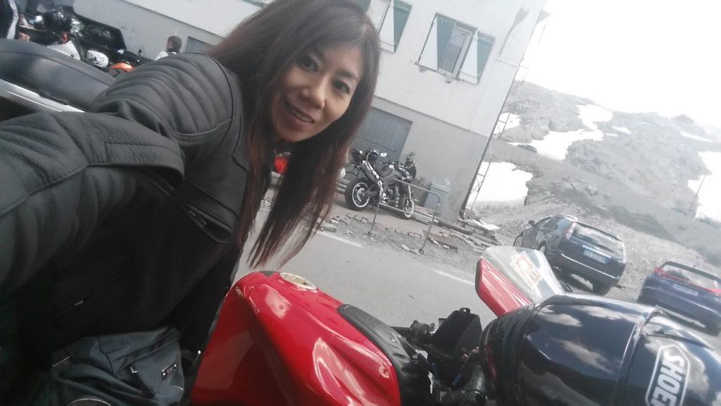 海外ツーリング ヨーロッパアルプスツーリング女一人 Ducati ST3 海外ツーリング