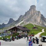 ドロミティの峠をバイクで堪能しオーストリアへ