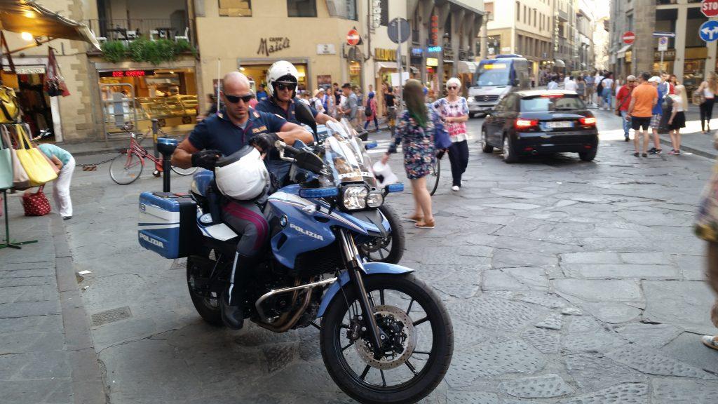 国家警察 イタリア フィレンツェ