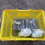 ワカサギ釣り:ボート釣り用のアンカーとロープ