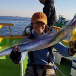 12月太刀魚の美味しい季節にはタチウオジギング@渡辺釣船店