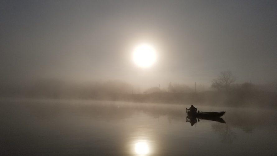ひな祭り 女一人ワカサギ釣りの高滝湖でまったりと春を感じる