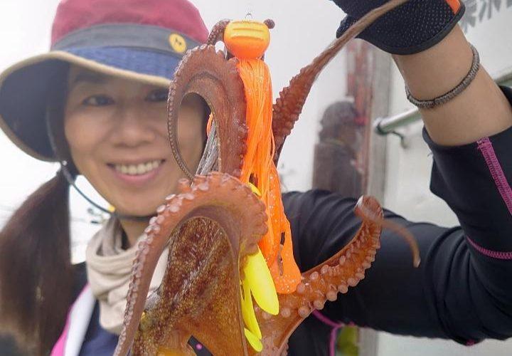 2020 東京湾タコ釣り 千葉長浦こなや丸からエギタコ船で出陣!発売前CLUE タコラバでも釣果あり!