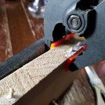 ワカサギたたき台が壊れた たたき台の割れと木ネジ空回りの補修をした!
